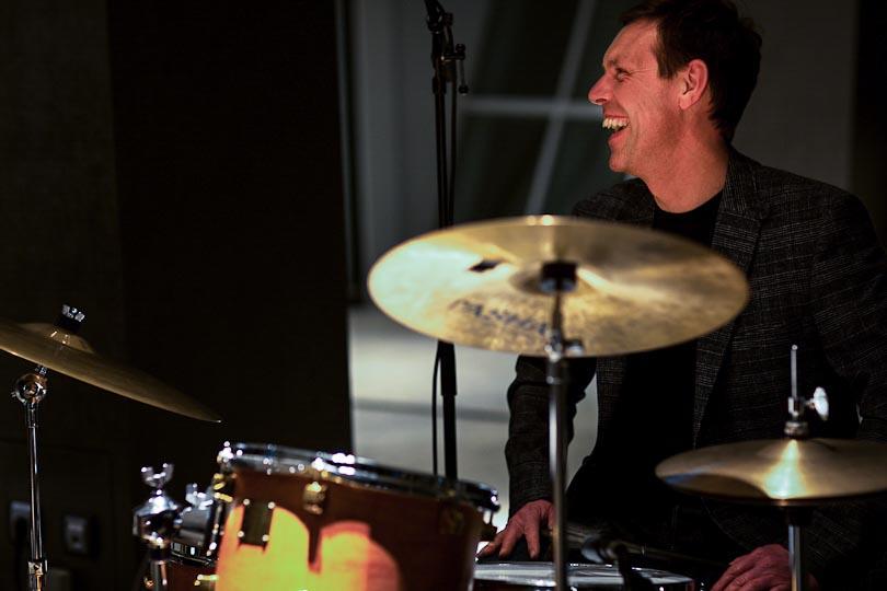 Schlagzeuger am Set